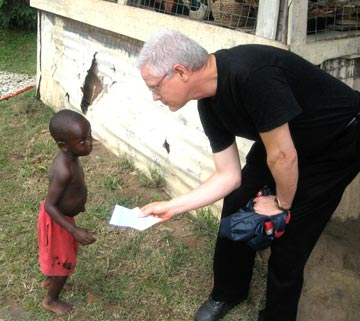 Distributing Bible literature in Africa